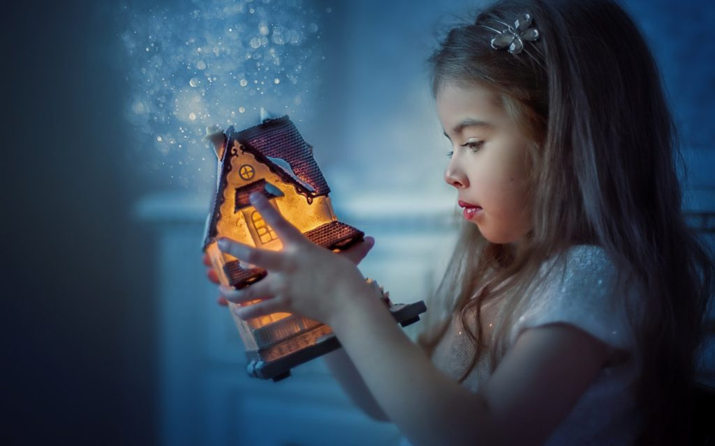 """Выставка """"Волшебство детских рук"""""""